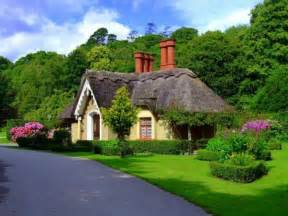 pictures of cottages in ireland 22 peaceful cottage designs that seem like taken from a