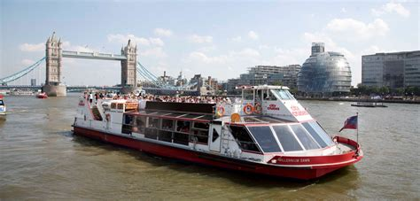 thames river cruise for 2 thames cruise experience for two ripleys experience days