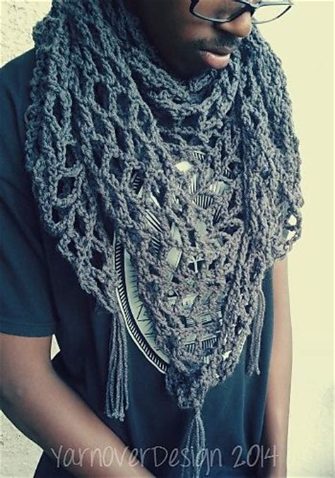 pattern for triangle scarf crochet patterns galore triangle scarf or shawl mesh