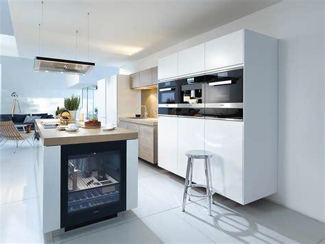design for life built in kitchen appliances from miele wijn perfect op temperatuur met miele wijnklimaatkasten
