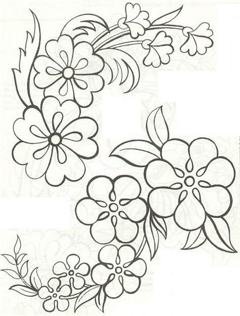disegni di fiori da ricamare disegni da ricamare fiori grandi magiedifilo it punto