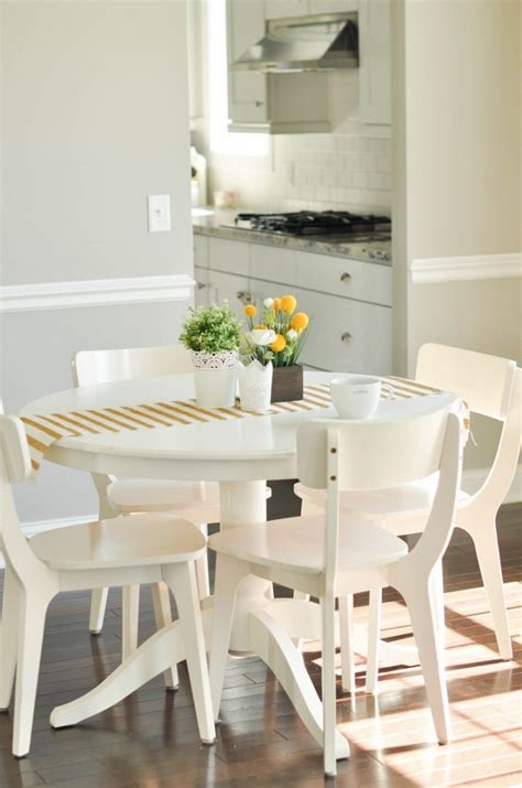 Small dining room tables with leaves