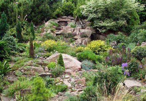 pflegeleichte pflanzen für den vorgarten pflegeleichte g 228 rten die wahl der richtigen pflanzen