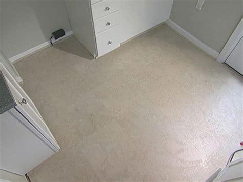 Laminate Kitchen Floor   DIY