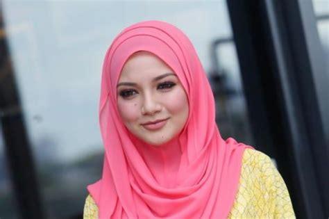 neelofa hijab marsya hijab tudung neelofa