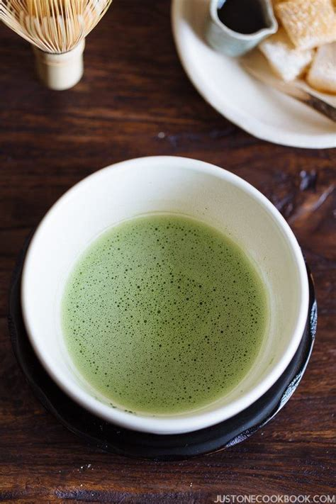 marvelous matcha recipes your own cookbook of matcha tea dish ideas books how to make matcha japanese green tea 抹茶の点て方 just one