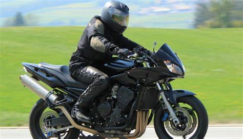 Motorrad Versicherung Vandalismus by Motorrad Versicherungen Gro 223 E Preisunterschiede Bei Der