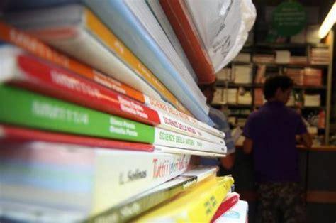 libri testo 9e62e0a61b53f2644f4d47ca6fa5d87e