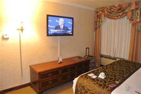 best flat screen tv for bedroom bed picture of best western airport albuquerque