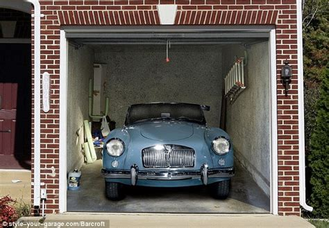 garage door art cool garage door art cool things pictures videos