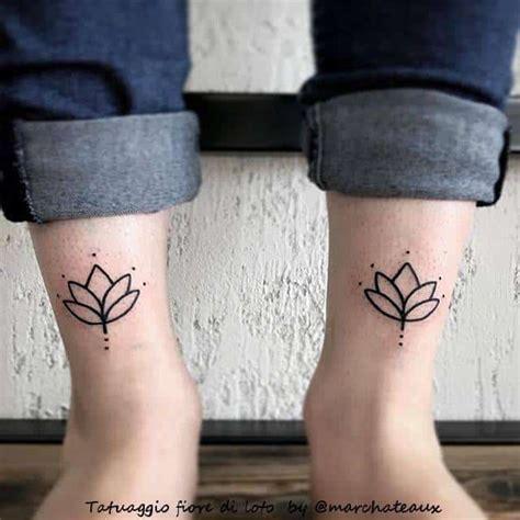 fiori di loto tatto fiore di loto scopri la storie e il suo significato