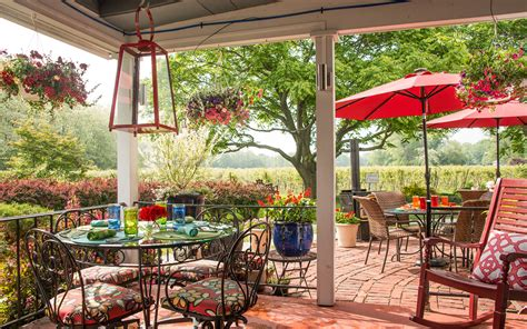 nyc bed and breakfast upstate new york bed and breakfast barcelona lakeside inn