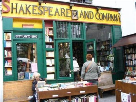 Buku Reportase Reportase Terbaik Ernest Hemingway 5 desain toko buku terindah di dunia chez space