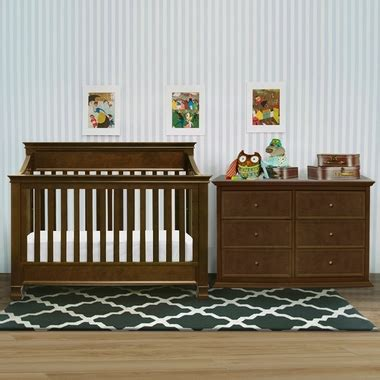 Million Dollar Baby Foothill Crib Million Dollar Baby 3 Nursery Set Foothill 4 In 1 Convertible Crib 6 Drawer Dresser And