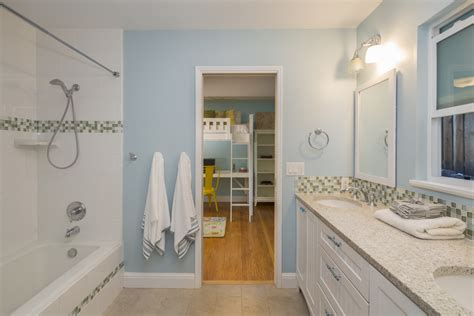 tips  maximizing  jack  jill bathroom procom blog