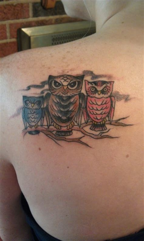 Tattoo Family Owl | 20 nice owl family tattoos pictures golfian com