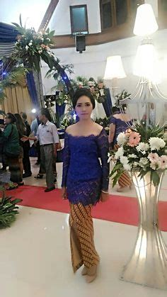 Kebaya Biru Tua kebaya nyonya traditional costume