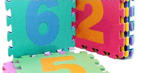 tappeti gommosi per bambini i tappetini puzzle di nuovo sotto accusa possono nuocere
