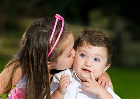 kid couple wallpaper hd cute little kids romantic hd wallpaper stylishhdwallpapers