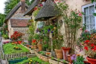 Traditional Cottage Garden Flowers Traditional Cottage Garden Pixdaus