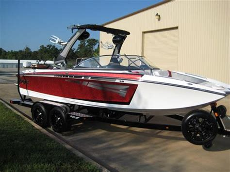 boat dealers houston pontoon wakeboard boat dealer lake conroe houston