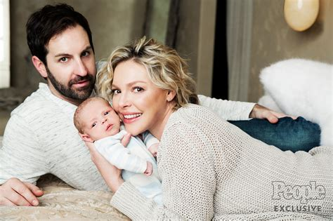 heigl takes a break to take some puffs from her electronic cigarette katherine heigl s son joshua bishop first photo