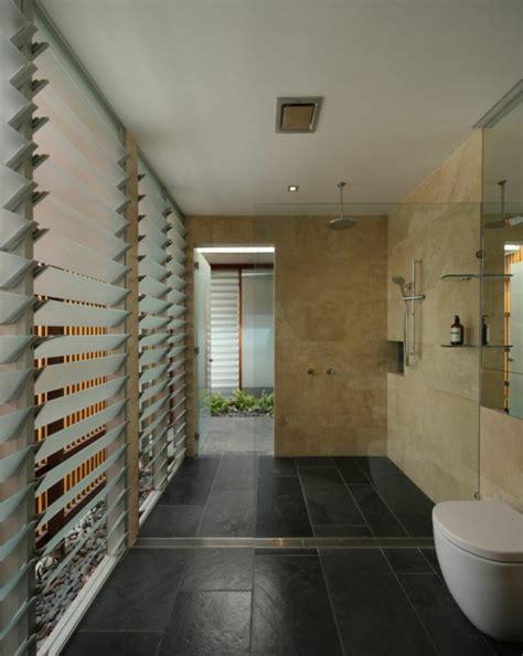 Duschwand Für Badewanne über Eck by Dusche Holzboden Raum Und M 246 Beldesign Inspiration