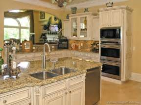 White Antique Kitchen Cabinets Pictures Of Kitchens Traditional White Antique Kitchens Kitchen 6
