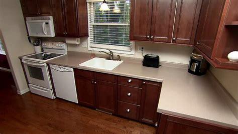 backsplash ideas diy purestyle cabinets buy corian kitchen countertop videos hgtv
