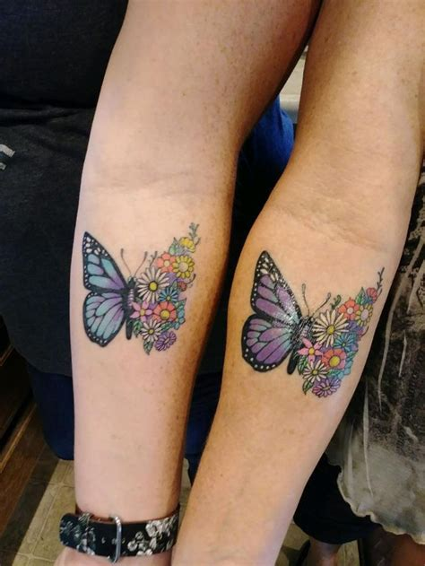 matching mother daughter tattoos best 25 matching tattoos ideas on