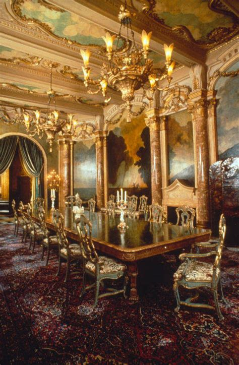 trumps gold room opulent mar a lago is now second white house las vegas