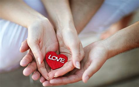wallpaper couple hands hands red heart love love pinterest heart quotes