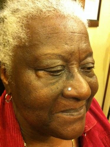 mature women with nose studs courtney jane guest spot piercer 171 trx tattoos