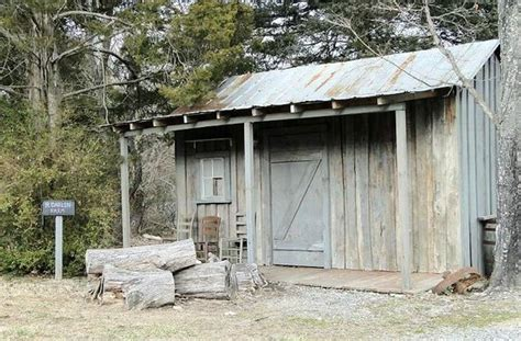 briscoe darllins cabin picture of the mount airy