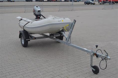rubberboot op trailer rubberboot quicksilver op trailer met 4 pk bu