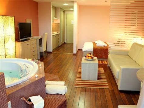 chambre d hote spa privatif chambre avec privatif 40 id 233 es romantiques