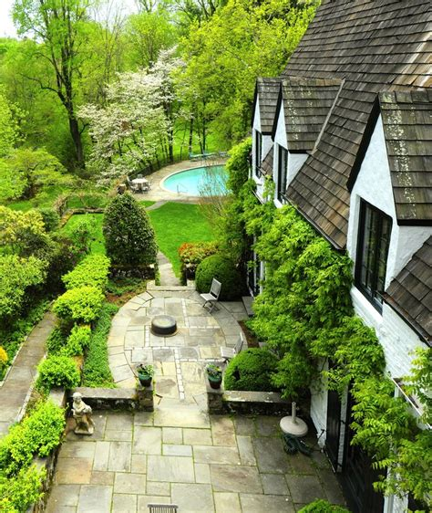 new england backyards 90 best images about new england flowers gardens on