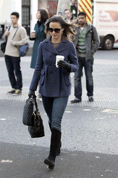 To Walking by Pippa Middleton Walking To Work In Chelsea Hawtcelebs