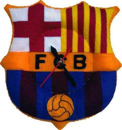 Jam Dinding Klub Bola Kayu 3d Manchester United Logo jam flanel klub bola pernakpernikdbebong