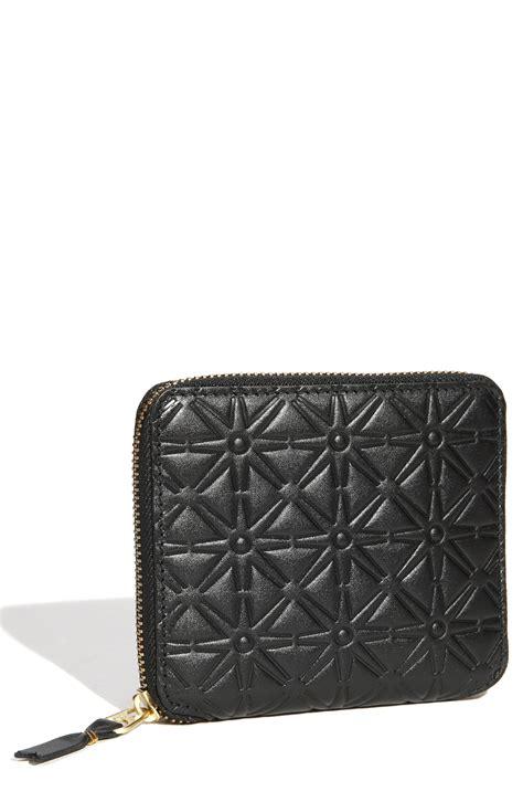 Comme De Garcons Knot Handbag Wallets by Comme Des Gar 231 Ons Embossed Wallet In Black