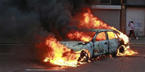 Tries To Trick Us Fires Publicist by Car Bomb Explosion Kills 4 Is Members Near Salahuddin