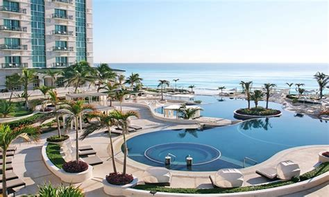 all inclusive sandos cancun stay with airfare from travel by jen in cancun groupon getaways
