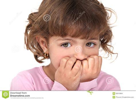 imagenes niños asustados ni 241 a asustada imagenes de archivo imagen 35913894