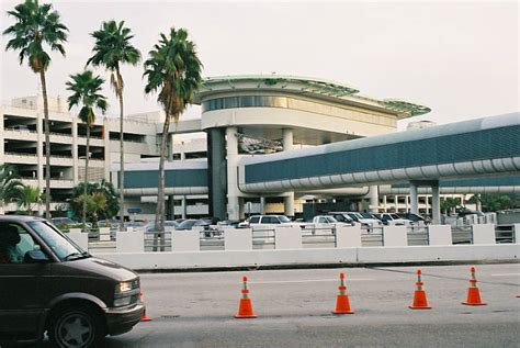 miami airport to images sunsatnews miami airport