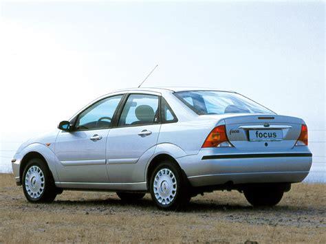 ford sedan 2001 ford focus ghia sedan worldwide 2001 04