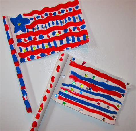 How To Make A Paper Flag - fourth of july crafts 12 flag crafts