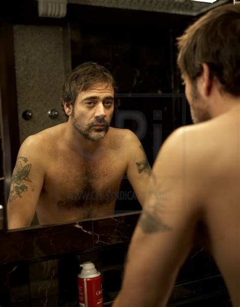 pin by chazz walsh on jeffrey dean morgan husband 2