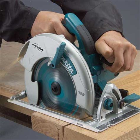 Makita Circular Saw 5008 B makita 5008mga magnesium 8 1 4 inch circular saw with