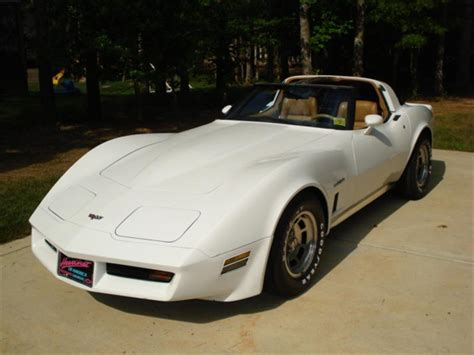 1982 corvette restoration