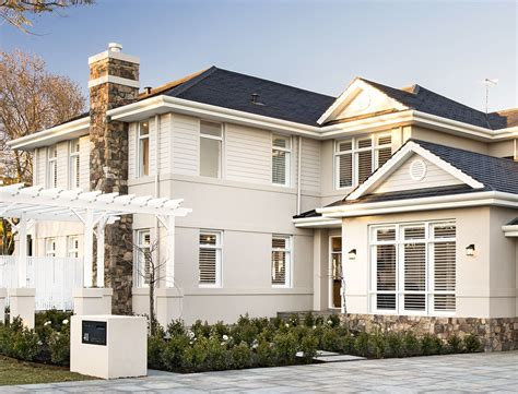28 style homes mission style new construction house